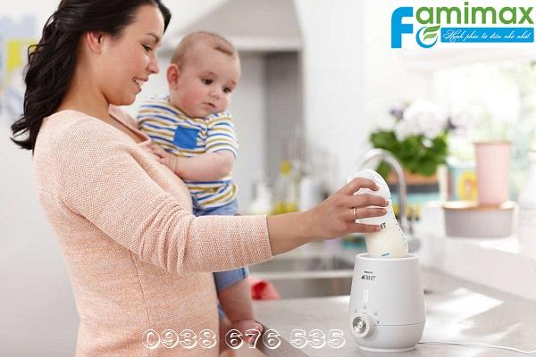 Có nên mua máy hâm sữa cho bé?